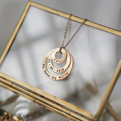 Cassandra Necklace in Gold